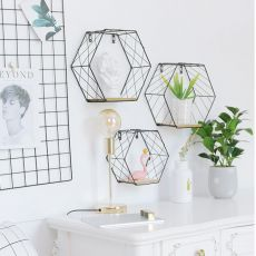 Nordic Style Iron Hexagonal Grid Wall Shelf Combination Wall Hanging Geometric Figure for Wall Decoration Living Room Bedroom